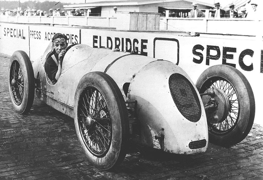 1926_Indy500_Douglas_Hawkes.jpg