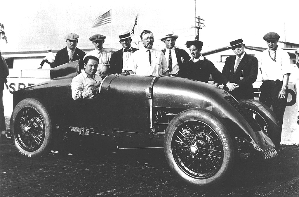 Ernest Eldridge in the Eldridge-Anzani at the 1926 Indy 500. He retired on lap on lap 45 when a tie rod broke.