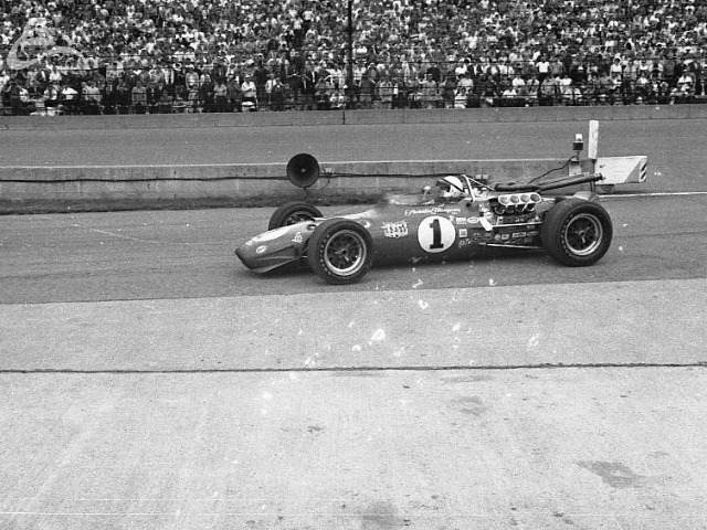 AJ Foyt retires from the 1968 race with rear end troubles. (Johnson)