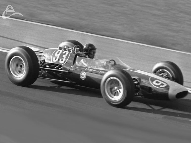Dan Gurney negotiates turn 1, 1963