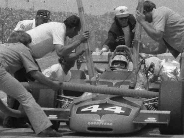 Dick Simon pits, 1972. (Johnson)