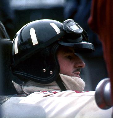 Graham Hill, Gold Leaf Team Lotus F1, Silverstone. Photograph © Roger Lane