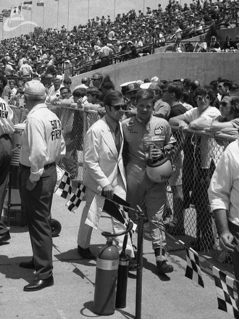 Mark Donohue after falling out of the 1971 Indy 500. (Johnson)