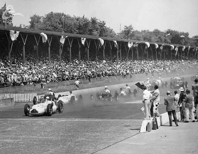 The green flag waves at Indy, 1949. (Spicklemire)