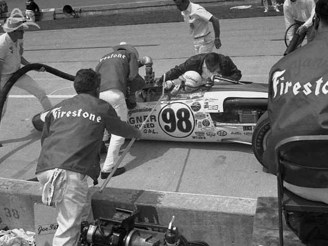 Bill Vukovich pits during the 1968 Indy 500. (Johnson)